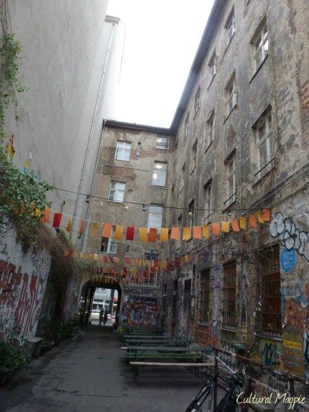 magpie courtyard